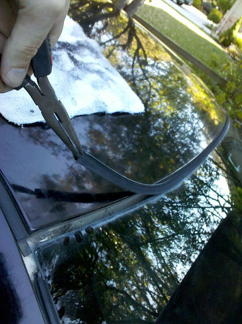 E36 rear window trim seal replacement diy for Diy window replacement