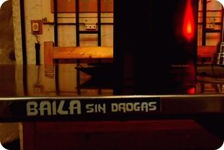 ":: ""Baila sin drogas"""