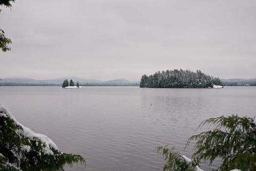lake snow water island adirondacks saranac uppersaranaclake afsdxvrzoomnikkor1685mmf3556ged hh52y2 hh52y219