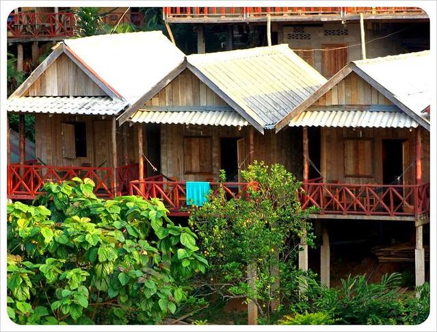 nong khiew bungalows