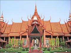 La cour intérieure du musée national (Phnom Penh)