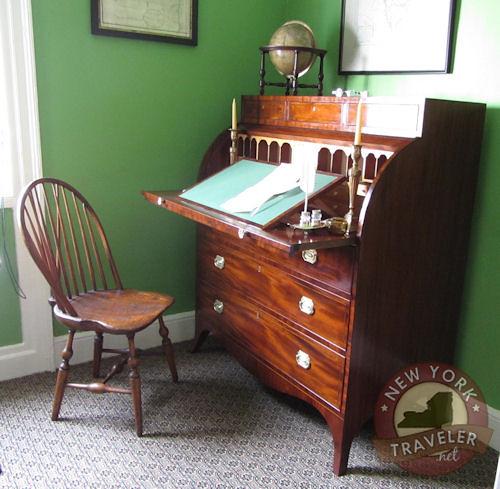 Alexander Hamilton Desk