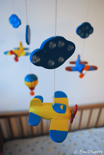 Traditional Wood Baby Mobile with Planes and Hot Air Balloon