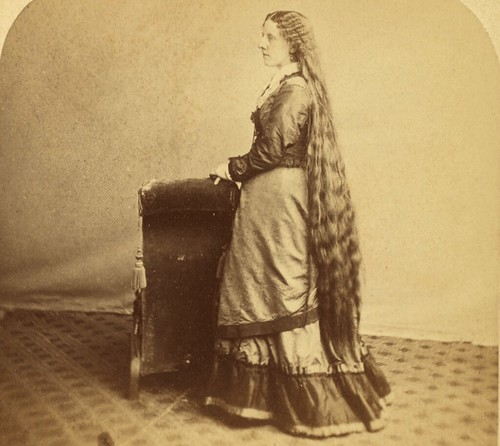 (animated stereo) Lady with long hair
