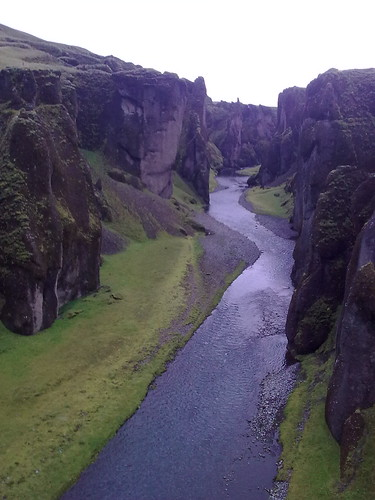 Fjaðragljúfur - a canyon in the middle of nowhere..