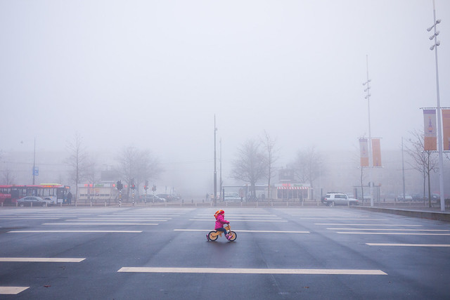 Deftouch - Minimalism in Street Photography