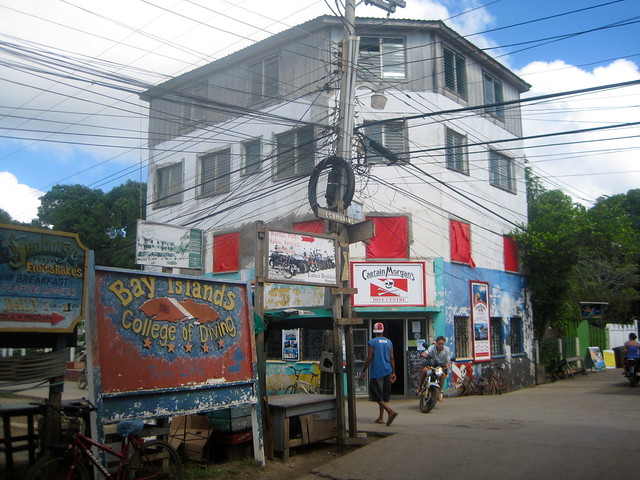 main street - utila honduras