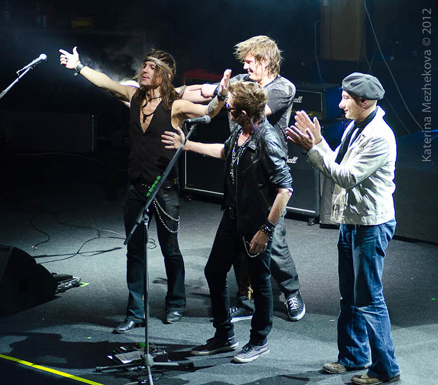 Glenn Hughes and the band, L-R: Soren Andersen (guitar), Pontus Engborg (drums),  Glenn Hughes, Anders Olinder (keys)