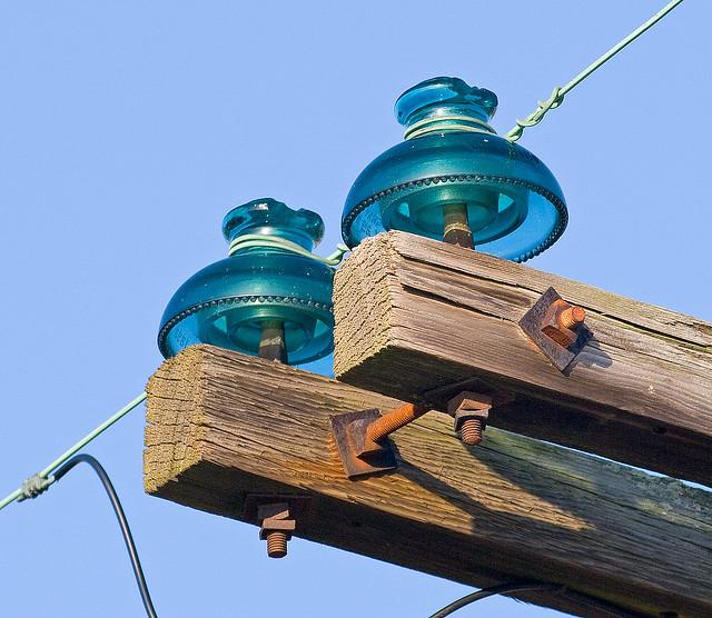 Cd 302 hemingray insulators flickr photo sharing for Vintage glass telephone pole insulators