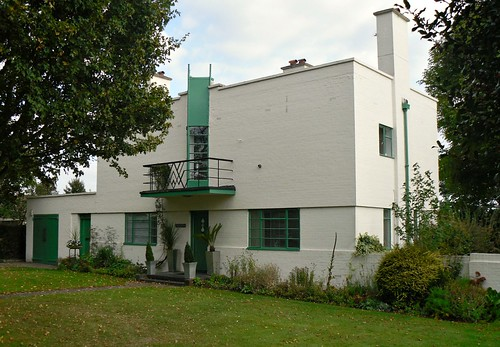 Wolverton, side view