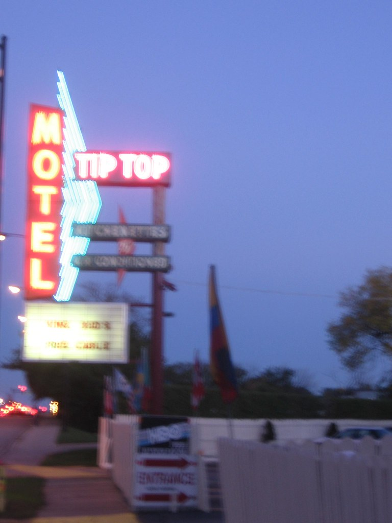 Tip Top Motel main sign