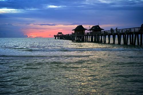 sunset beach gulfofmexico water naplespier