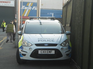 North Wales Police Ford Smax dog section van CX11 EMF
