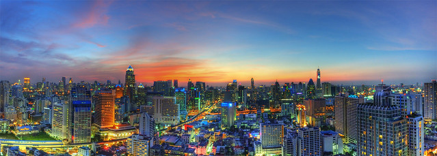 Bangkok Sunset - October 26, 2011