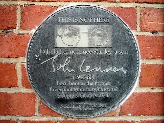 Photo of John Lennon and Julia Lennon black plaque