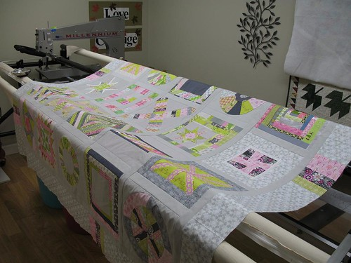 3 x 6 Bee and Quilting Divas (Sneak Peek) Ready for Longarming