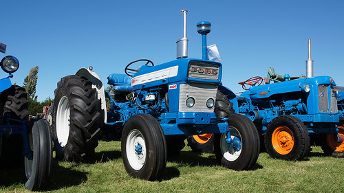 6100 Ford Tractor : Flickriver most interesting photos from timaru