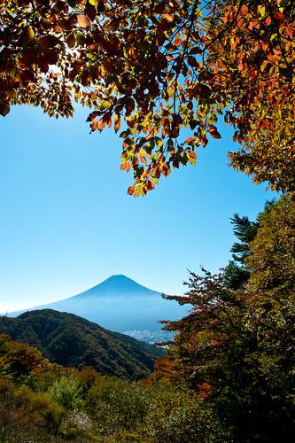 autumn fall japan october getty fujisan crazyshin mtfuji yamanashi 2011 三つ峠 天下茶屋 nikond3 afsnikkor2470mmf28ged 御坂道 20111027dsb5715