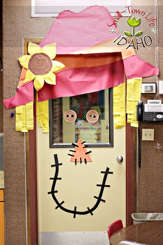 Our small town idaho life for Autumn classroom decoration