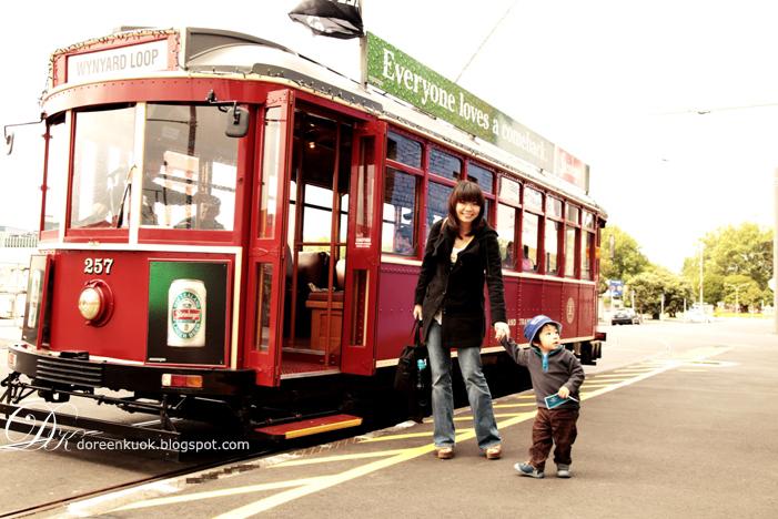 20111105_1 Tram ride 058