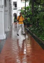 Levitació al Raffles Hotel