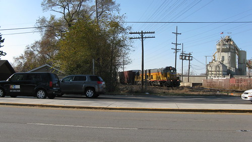 Union Pacific Railroad local freight.  Des Plaines Illinois USA.  November 2011. by Eddie from Chicago