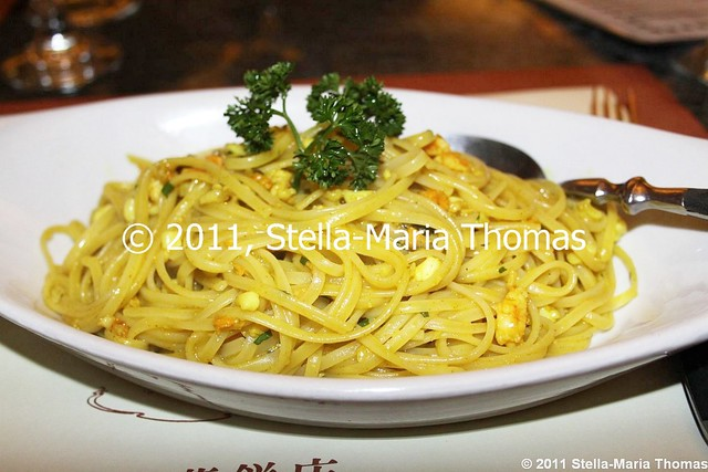 PIZZERIA TOSCANA - SPAGHETTI WITH CURRIED SEAFOOD 006