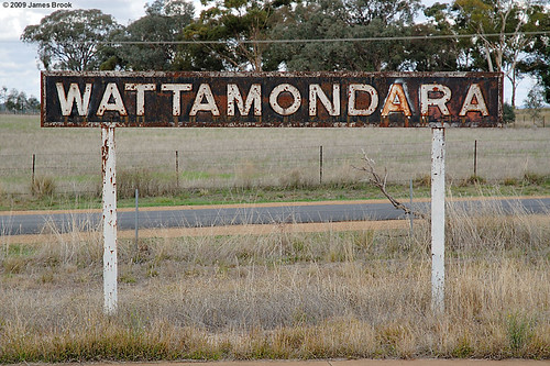 058_wattamondara_sign