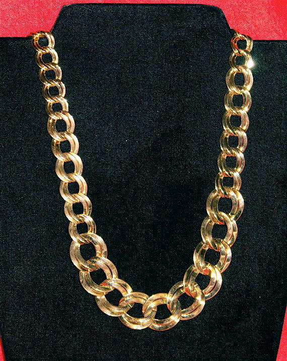 Beautiful Vintage Monet Chunky Gold Chain Necklace