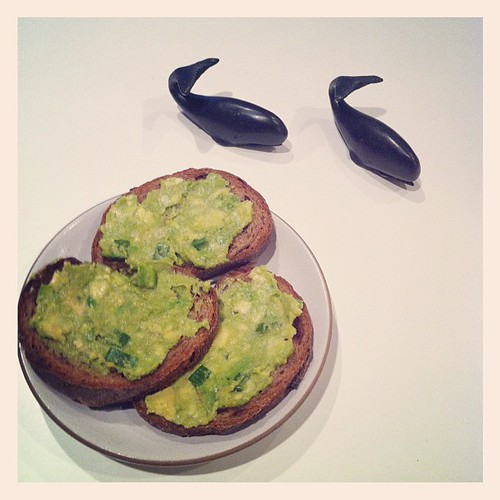 Fig bread w/ avocado.