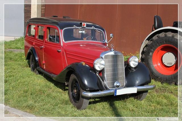 1946 1953 mercedes benz 170 v ambulanz 03 flickr for 1946 mercedes benz