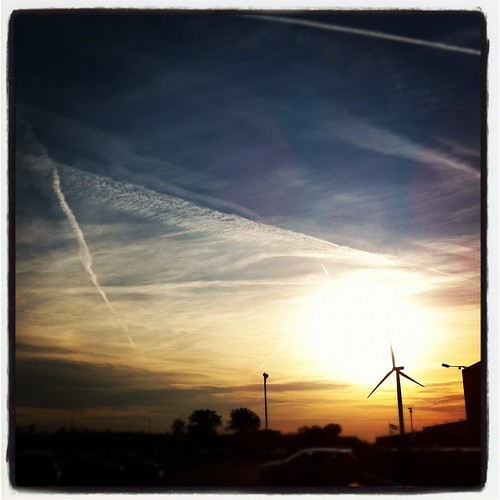 sunset ohio sky clouds energy cleveland euclid windturbine iphone lincolnelectric instagram