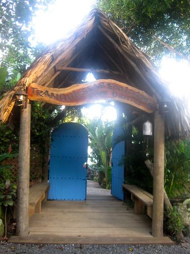eco lodge sandy bay roatan honduras