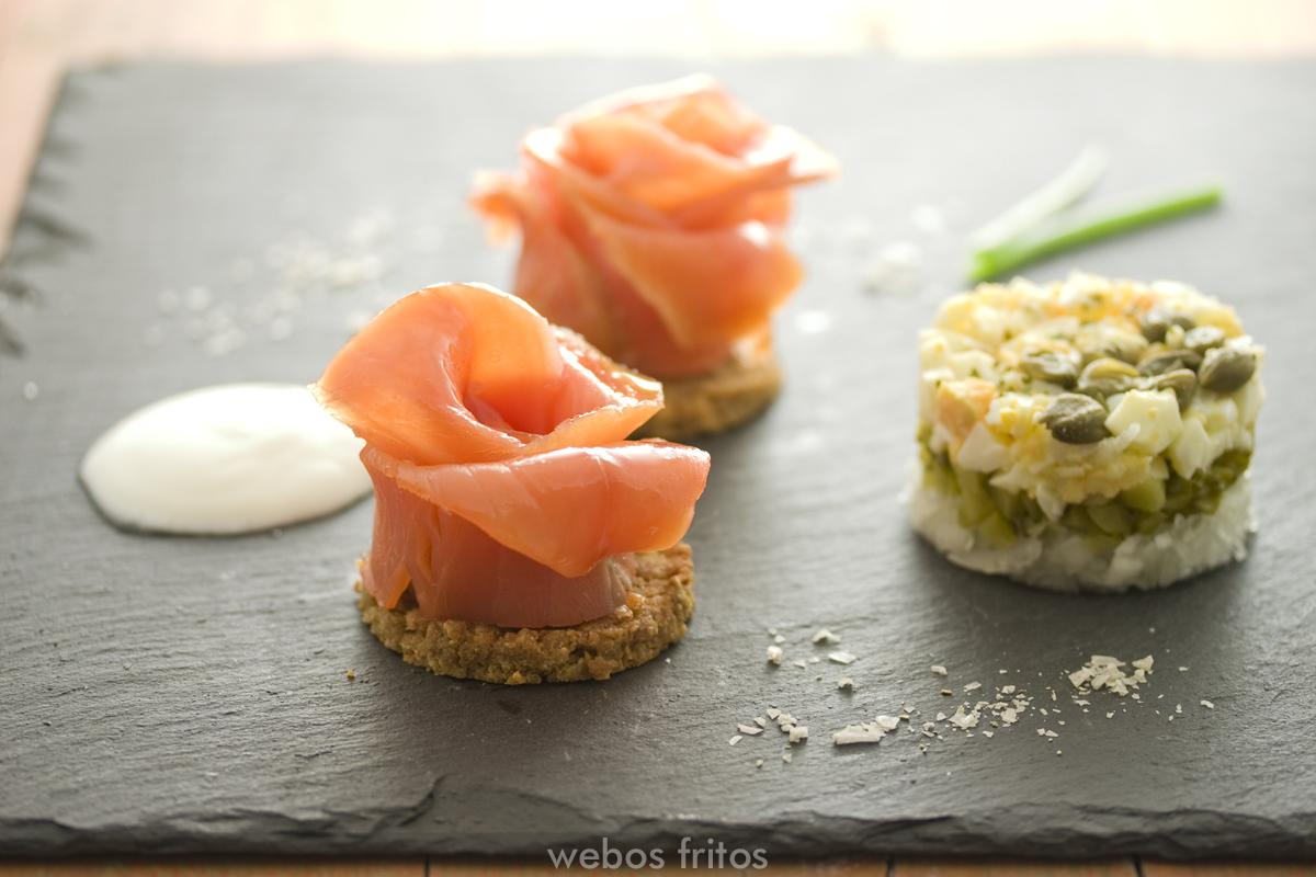Rosas de salmón ahumado