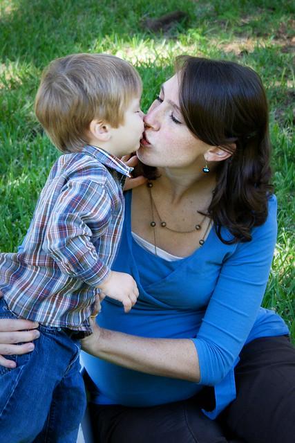 Kisses (Oct 2)