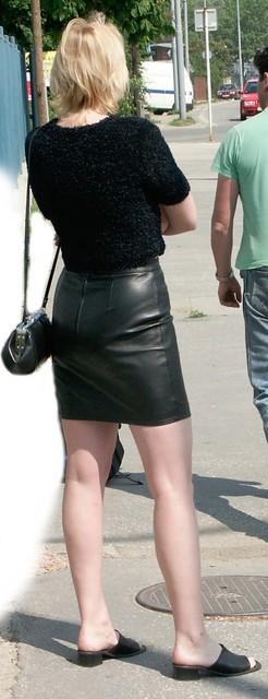 Tight Leather Mini Skirt 88
