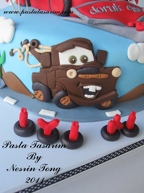 CARS - MCQUEEN CAKE - DORUK EGE BIRTHDAY