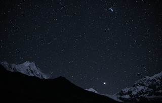 Manaslu (8156 m), Pleiades and Jupiter