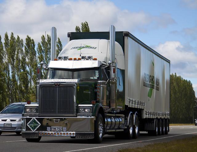 New Farm International Food Trucks