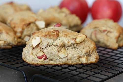 apple scone on rack