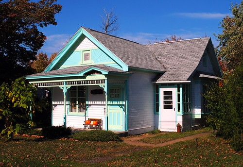 autumn houses homes house fall home mi rural landscape cozy midwest michigan small upnorth upperpeninsula smalltown coppercountry ontonagon michigansupperpeninsula ontonagonmichigan ontonagonmi