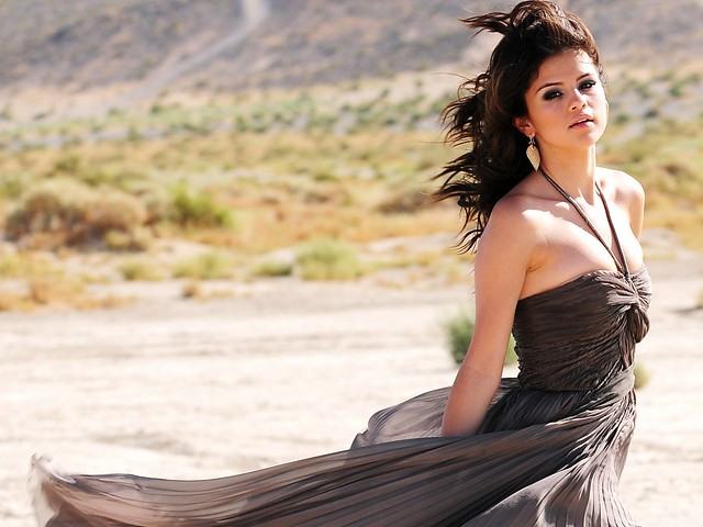 selena_gomez_a_year_without_rain_2010-normal