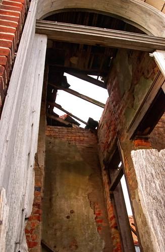 Another doorway shot - HDR