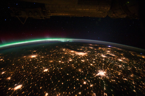 Midwestern U.S. at Night With Aurora Borealis (NASA, International Space Station, 09/29/11)