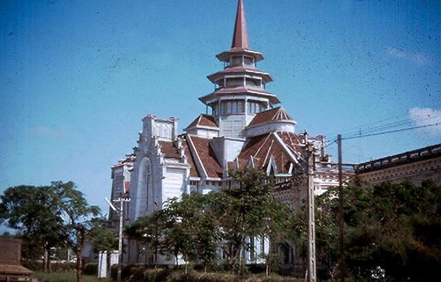 Nhà thờ Dòng Chúa Cứu Thế