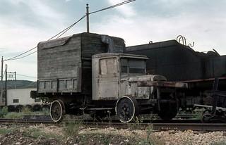 11. 1982-06 Ferrocarril Andorra-Escatrón