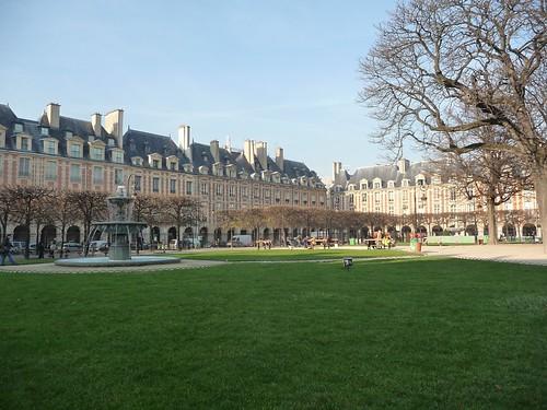 Paris Place by chez loulou