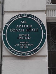 Photo of Arthur Conan Doyle green plaque