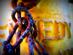 rusted link