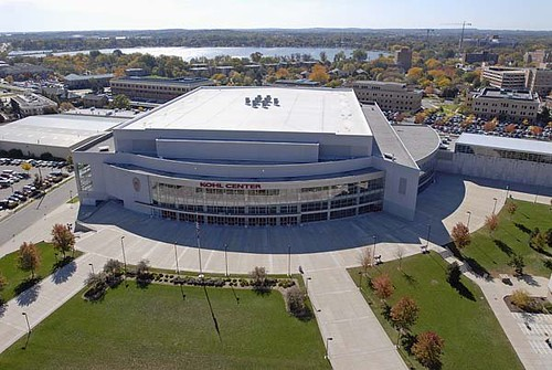 Kohl Center (by: U of Wisconsin)